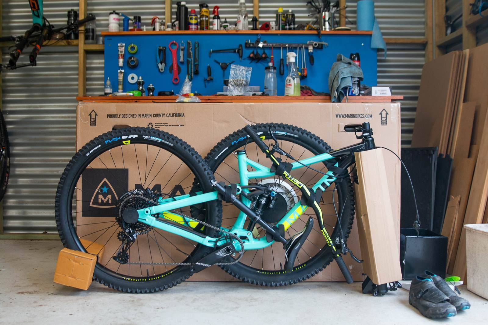 Unboxing the Marin Alpine Trail 8