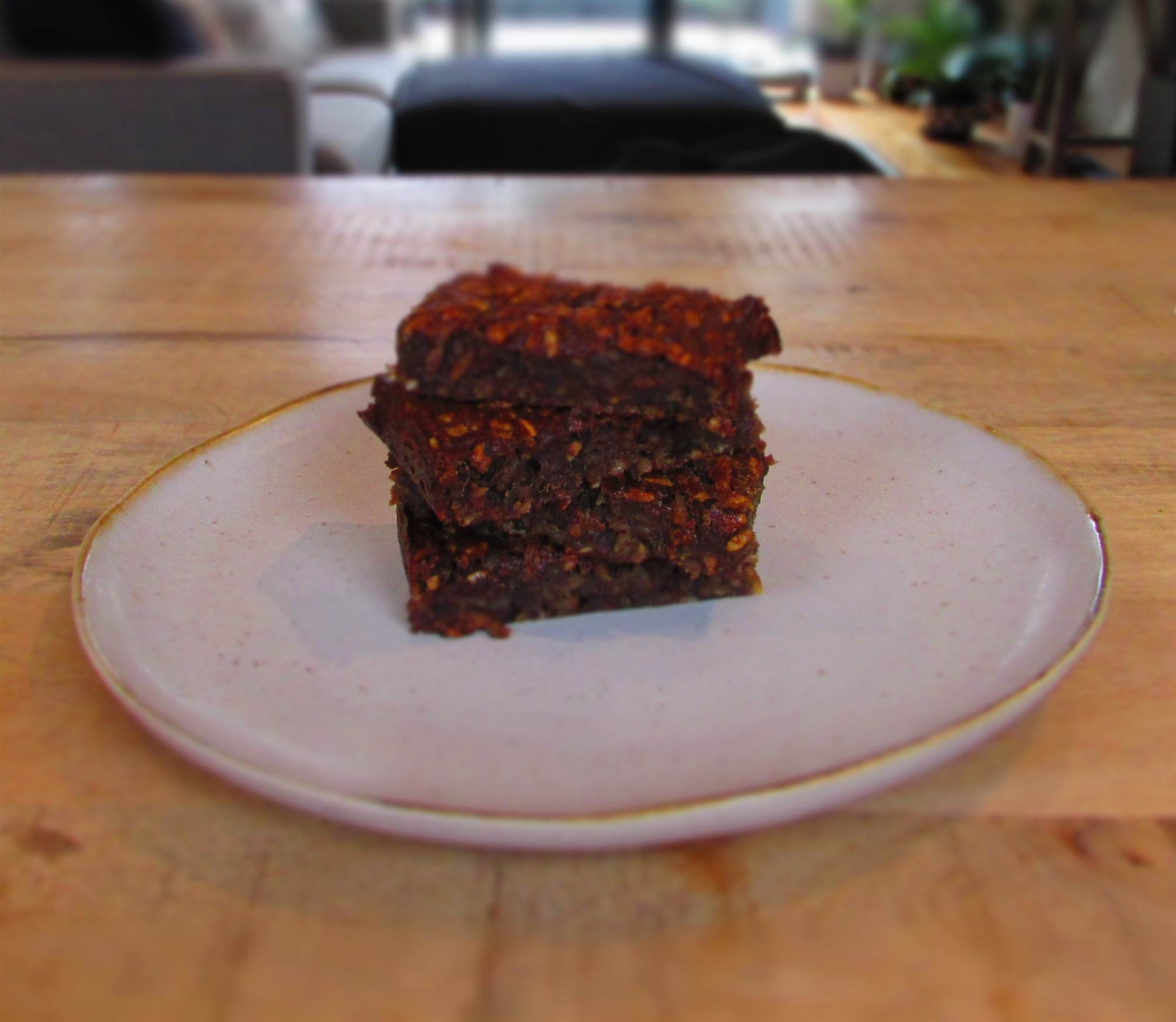 Recipe: Peanut Butter and Date Bars