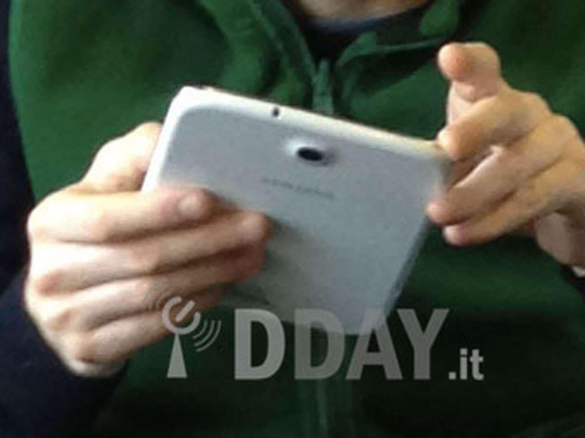 Samsung-Galaxy-Tab-8-back
