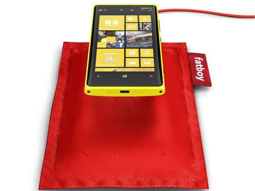 fatboy-rechargeable-pillow-nokia-lumia-920