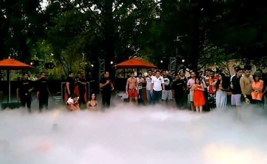 Why Having A Liquid Nitrogen Pool Party Is A Bad Idea Medicine Science Australian Popular