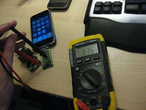 DIY cable to build better iOS exploits - Security - iTnews