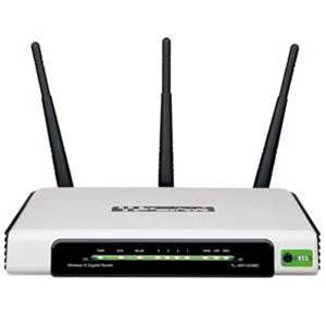 TP-LInk's TL-WR1043ND wireless router suffers from poor range, low price and no dual band
