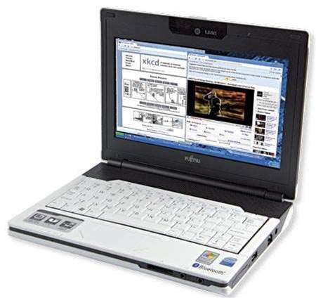 Fujitsu Lifebook M1010 Netbook - cramped keyboard lets it down