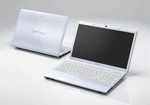 Sony's VAIO EB Series laptop shines with strong Core i3 performance, though price is a little high