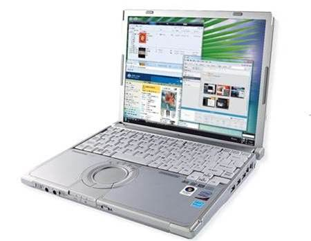 Panasonic Toughbook CF-W7, handles bumps and bruises with flair