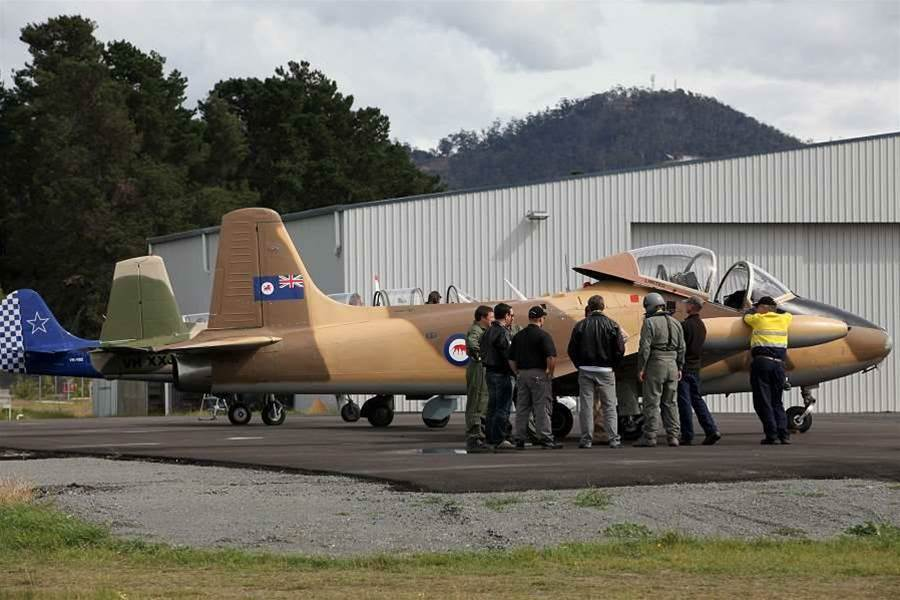 "HP brought its partners to Tasmania for its Premier Partner Conference in March. It outlined its 2012 strategy across its ESSN, TS and PPSG divisions with the theme ""Top Gun"". Partners dressed up and were treated to adventure flights with former military fighter pilots."