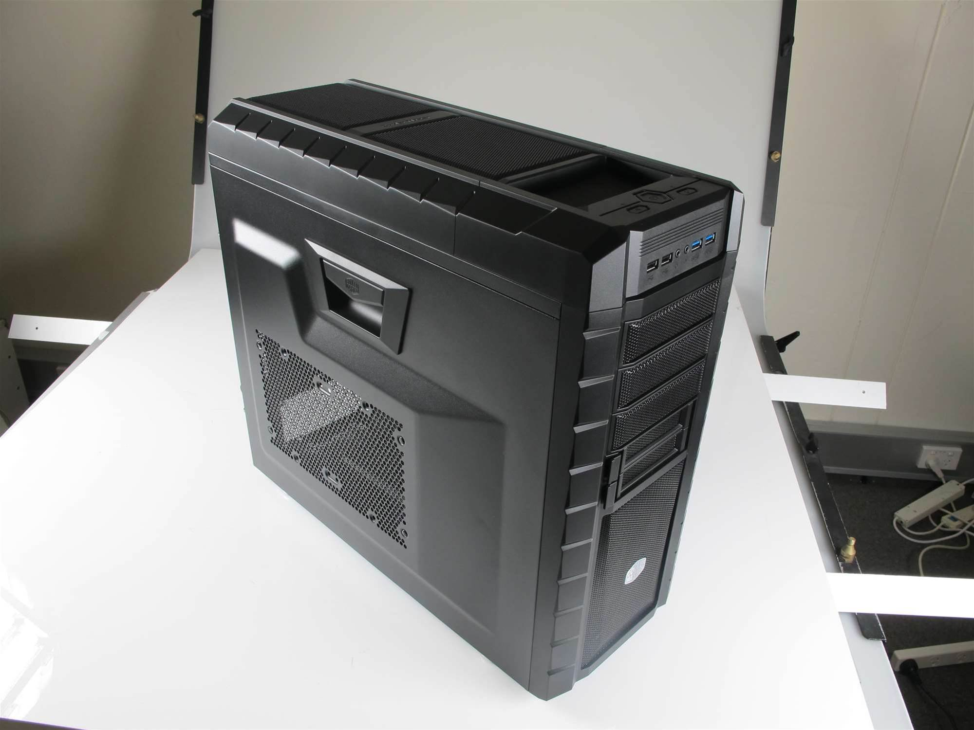 Cooler Master HAF XM PC case - the HAF is back