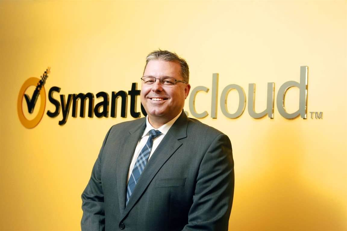 <b>Smith fills Symantec APJ spot</b><p> Symantec.cloud lead for Australia, Brenton Smith, will take responsibility for APAC and Japan channels, following the surprise departure of his predecessor David Dzienciol early last month.</p>