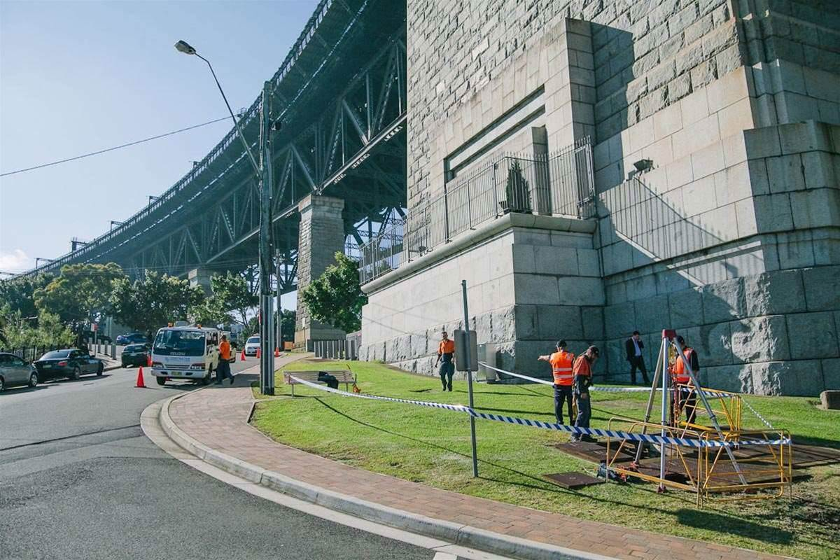 The fibre was hauled onto Milsons Point to be spliced with Vocus' existing network.