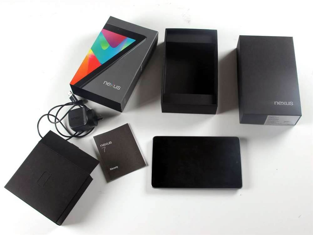The box contents are pretty bare-bones: you get a power/USB cable and a small instruction leaflet. Tablet necessities such as headphones, a cleaning cloth and a carry pouch need to be purchased separately.