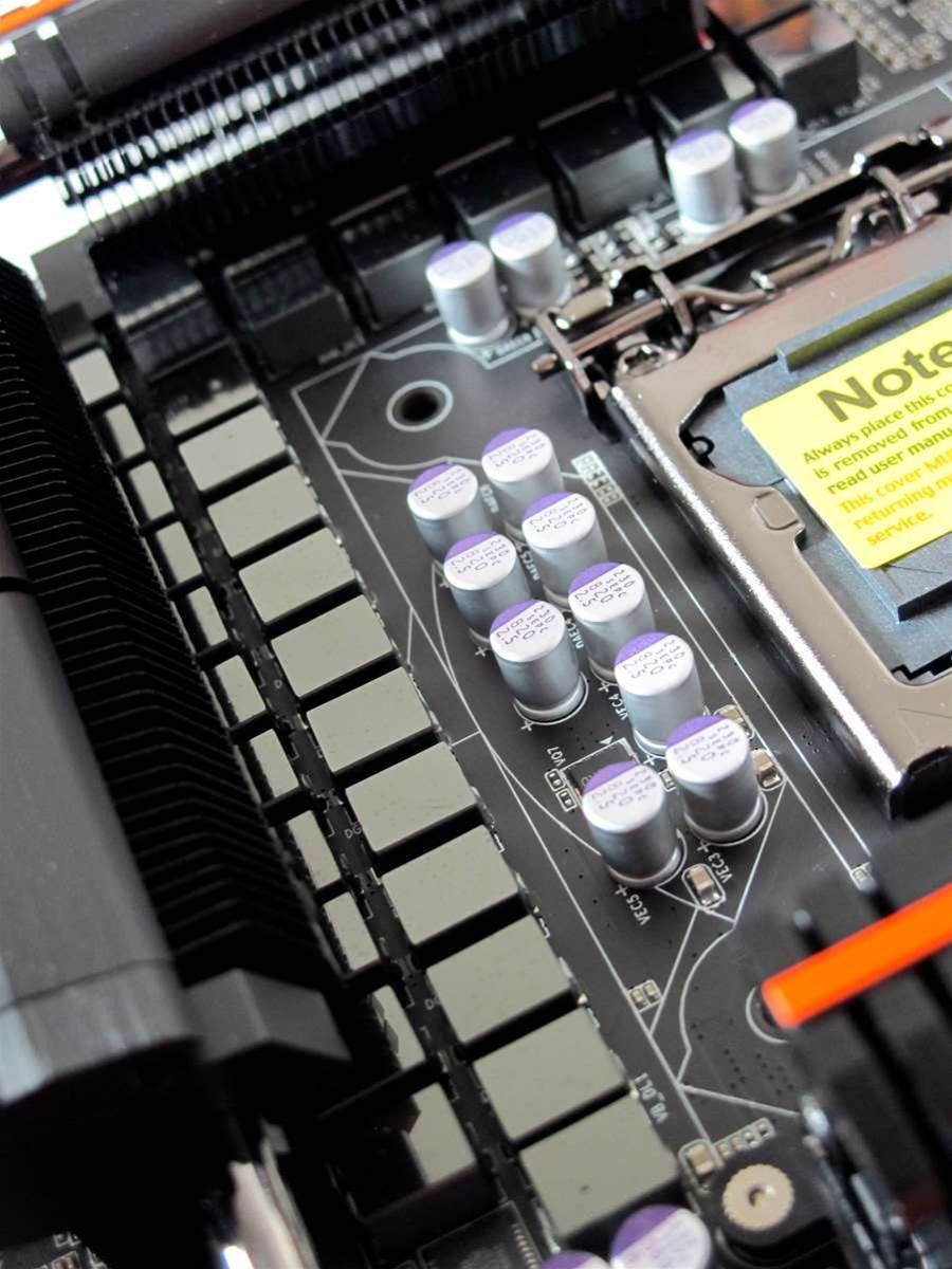 Unboxed: Gigabyte Z77X-UP7