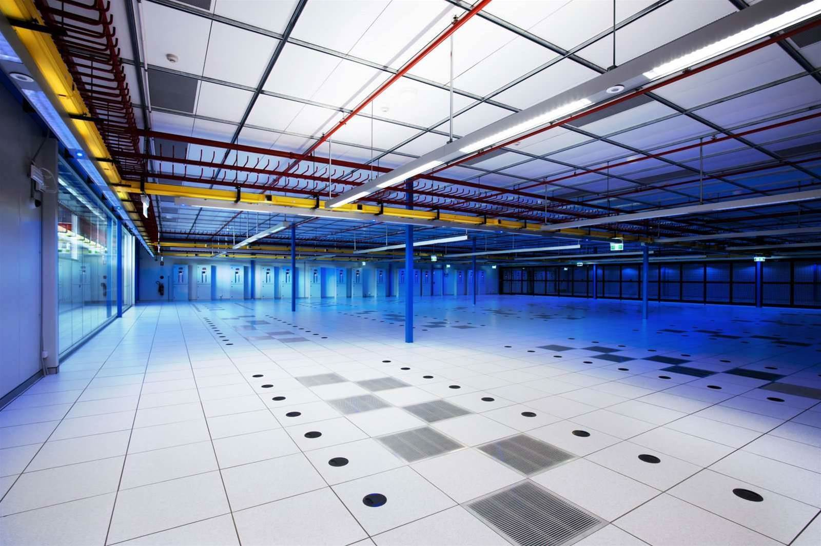 Photos: Equinix opens phase two of SY3 data centre