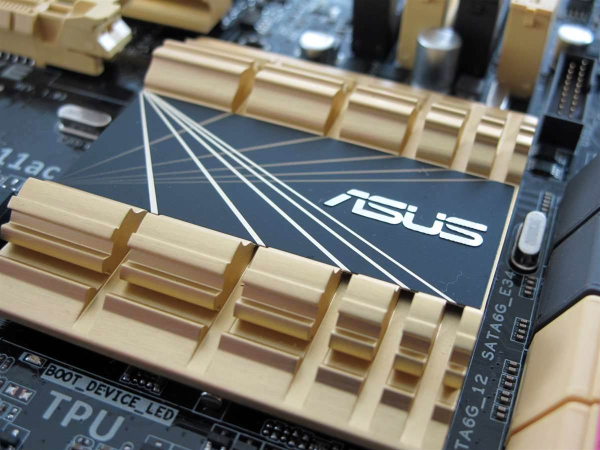 First Look: ASUS Z87-Deluxe
