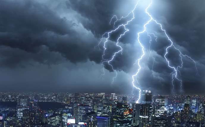 10 biggest cloud outages of 2015