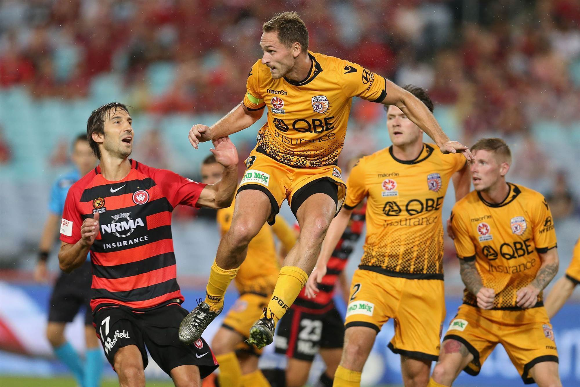 Wanderers v Glory pic special