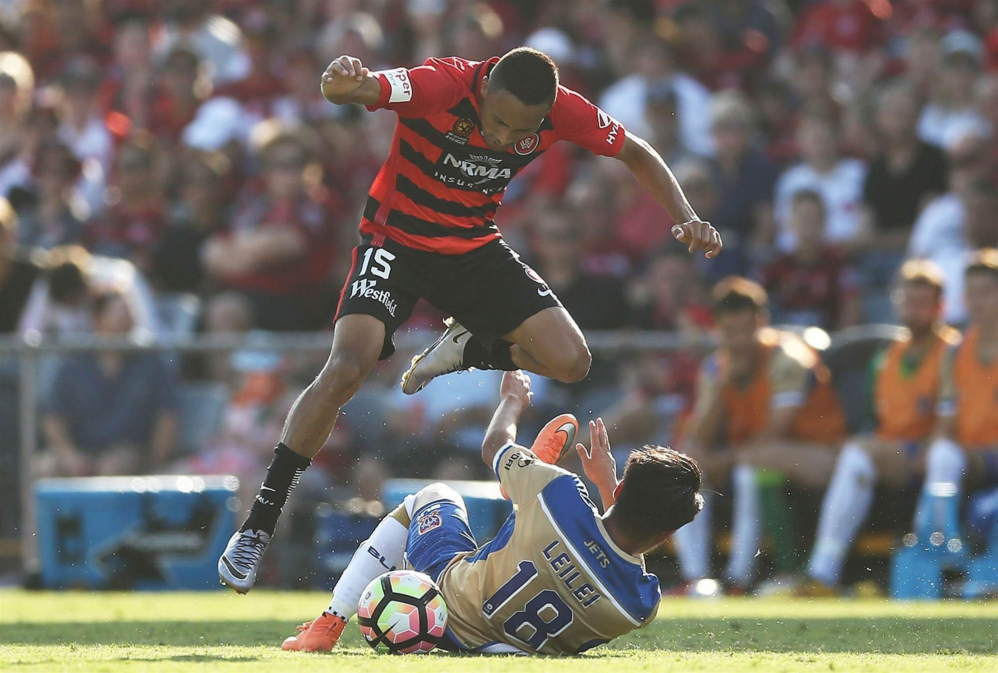 Wanderers v Jets pic special