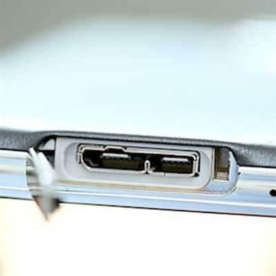 Intel debugger interface open to hacking via USB