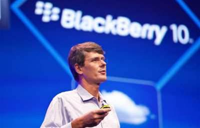 BlackBerry cranks up message security