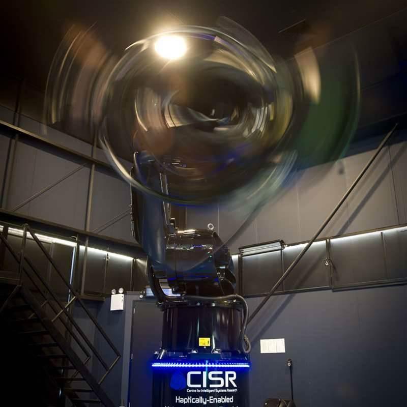 Deakin flight simulator powered by $10k PCs