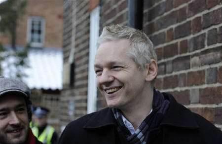 Assange memoir to give full details of WikiLeaks
