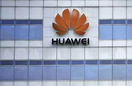 Huawei sues Motorola