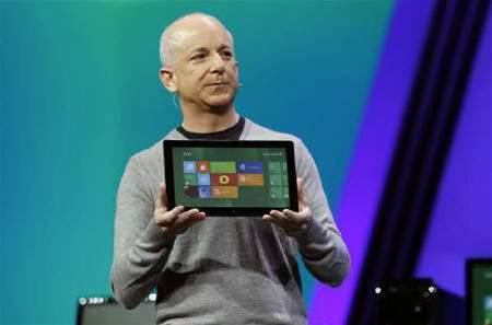 Microsoft puts Windows 8 in developer hands