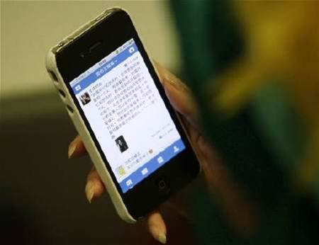 Chinese tech firms back social media controls
