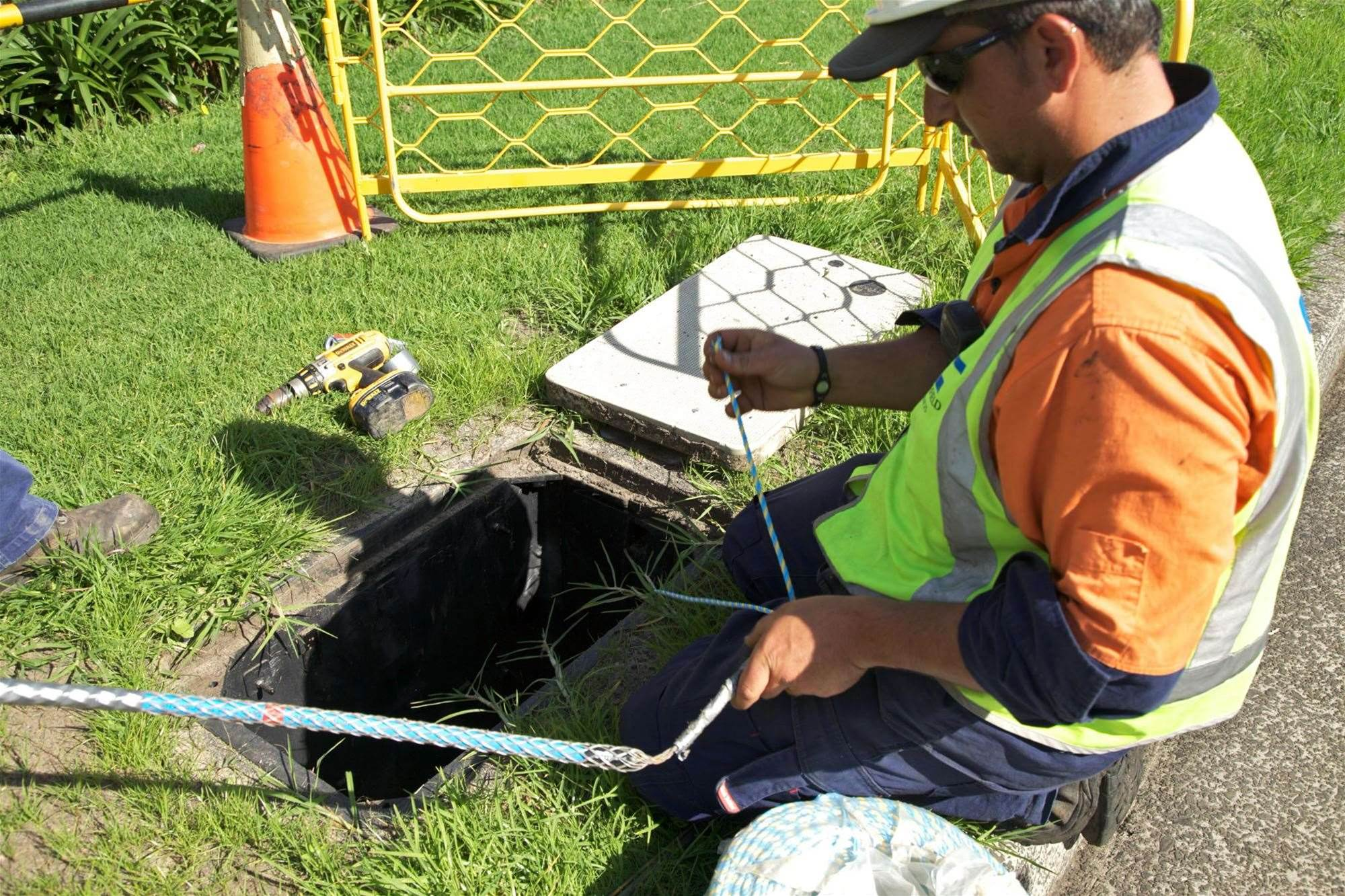 NBN Co builds up fibre component stock