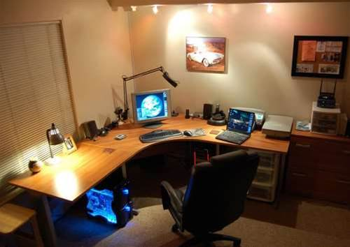 Updated with new photos what does your tech man cave for Man cave desk