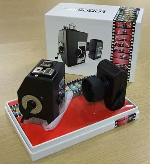 Retro tech: Lomography LomoKino unboxing