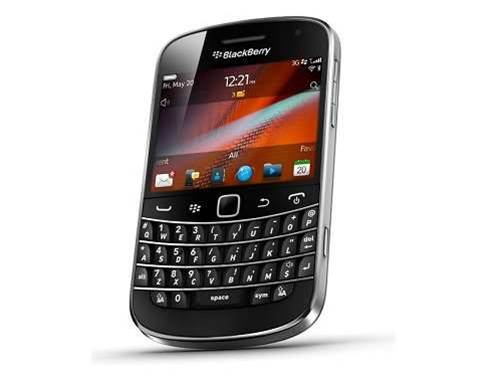 BlackBerry issues open letter to calm customers and partners