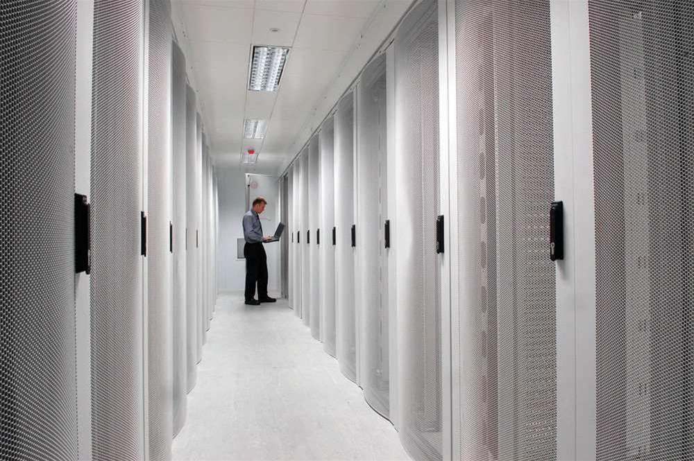 Data closets trump co-lo in data centre space