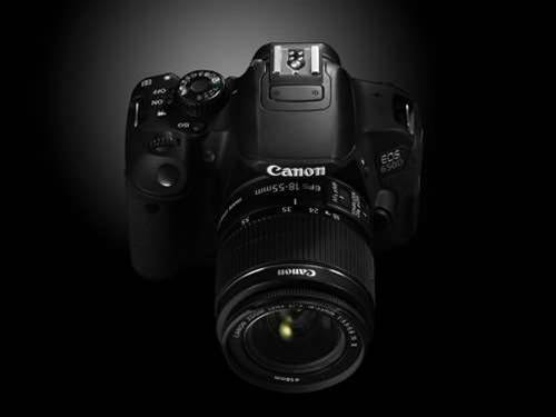 Canon EOS 650D unveiled