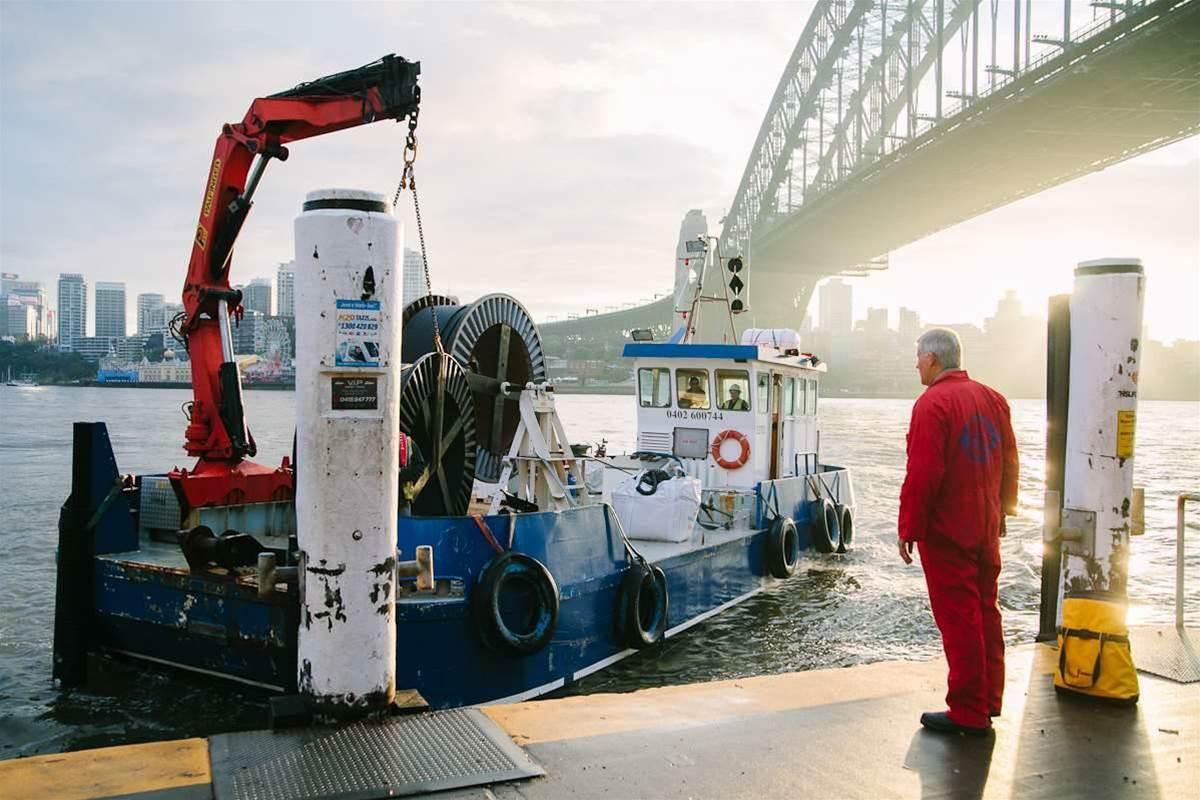Vocus lays cross-harbour fibre