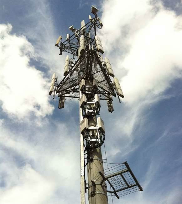 Telcos splash $543m on 1800 MHz spectrum