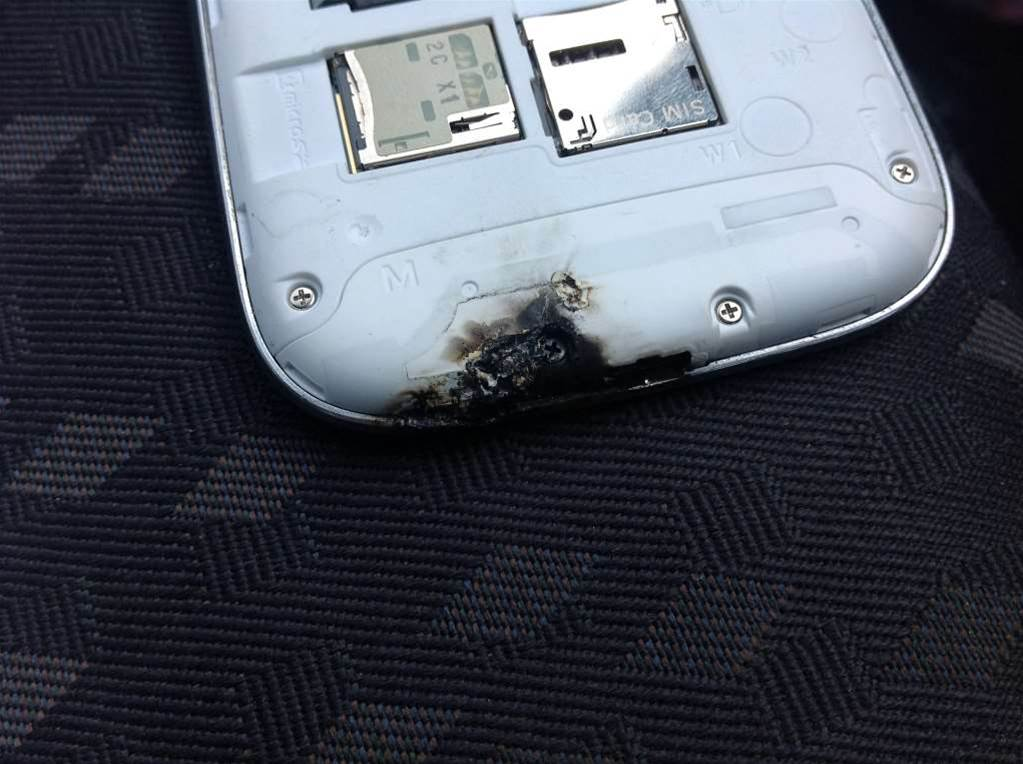 Samsung user reports 'exploding' Galaxy S III
