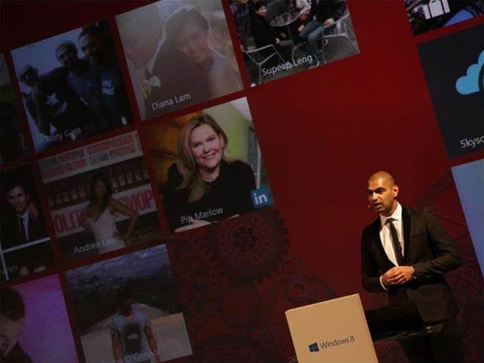 Microsoft launches Windows 8 in Australia
