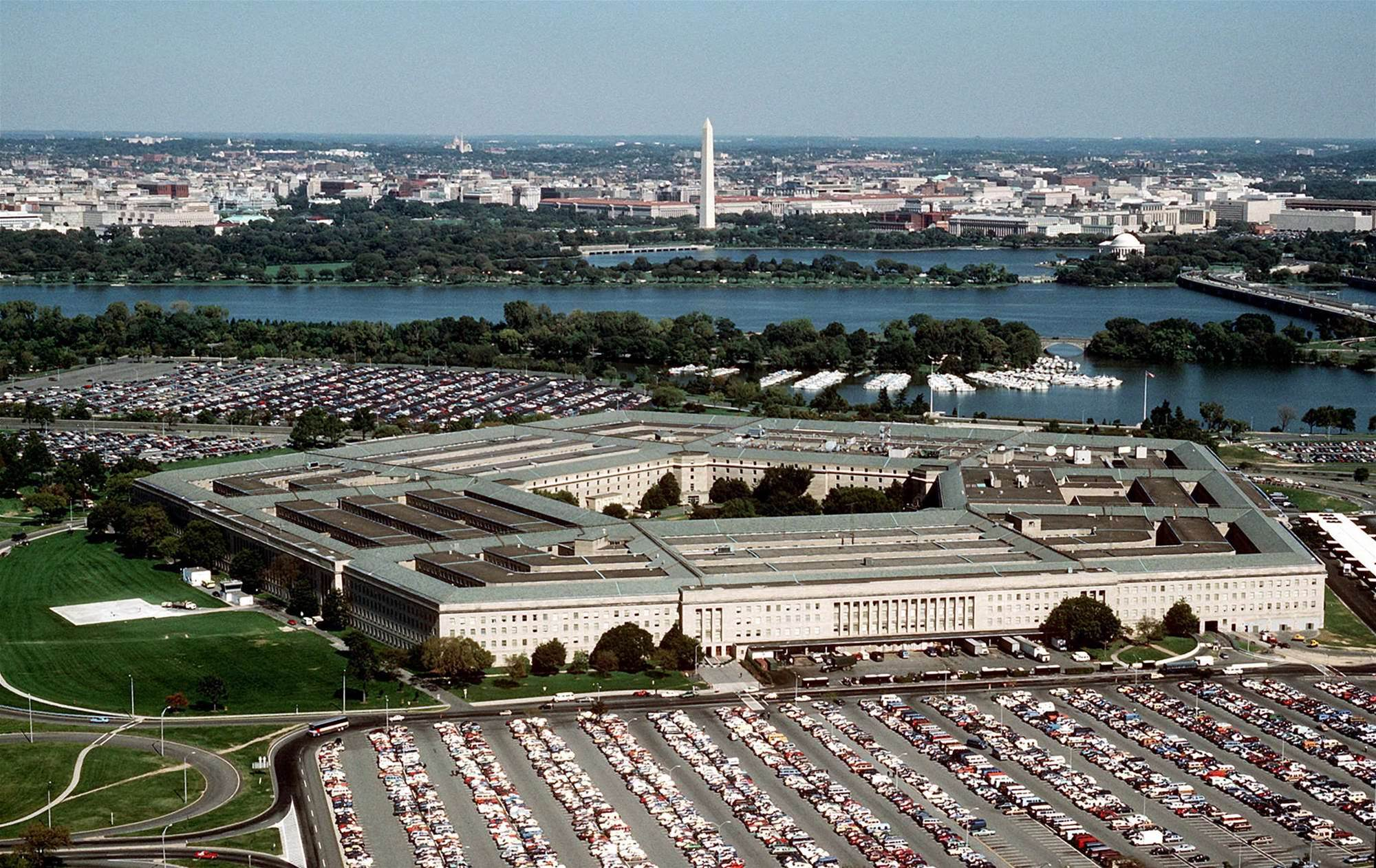Pentagon ticks Samsung Knox, Blackberry enterprise 10