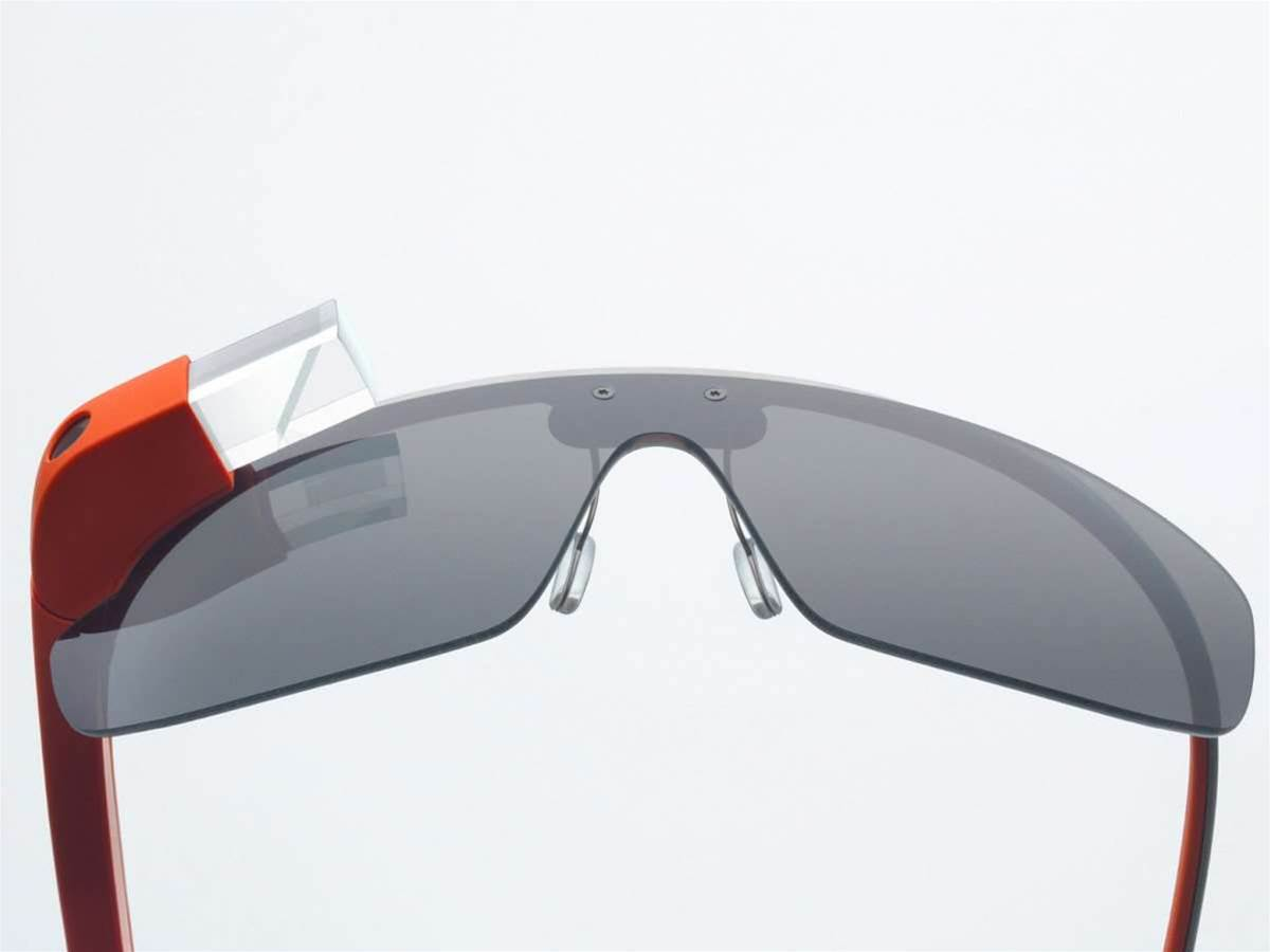Google Glass gets Facebook, Tumblr and Twitter apps