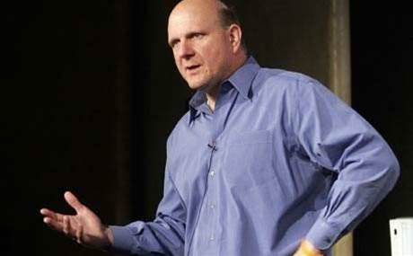 Ballmer gets standing ovation from 13,000 Microsoft employees