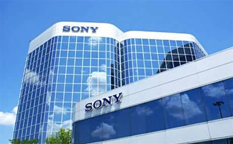 Sony warns of massive loss on smartphones