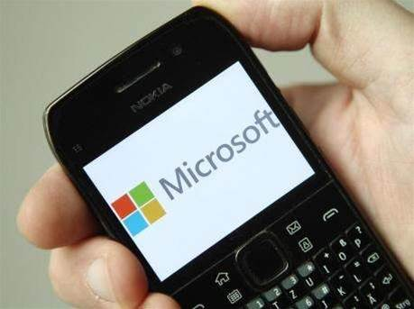 Microsoft reassures nervous foreign business customers