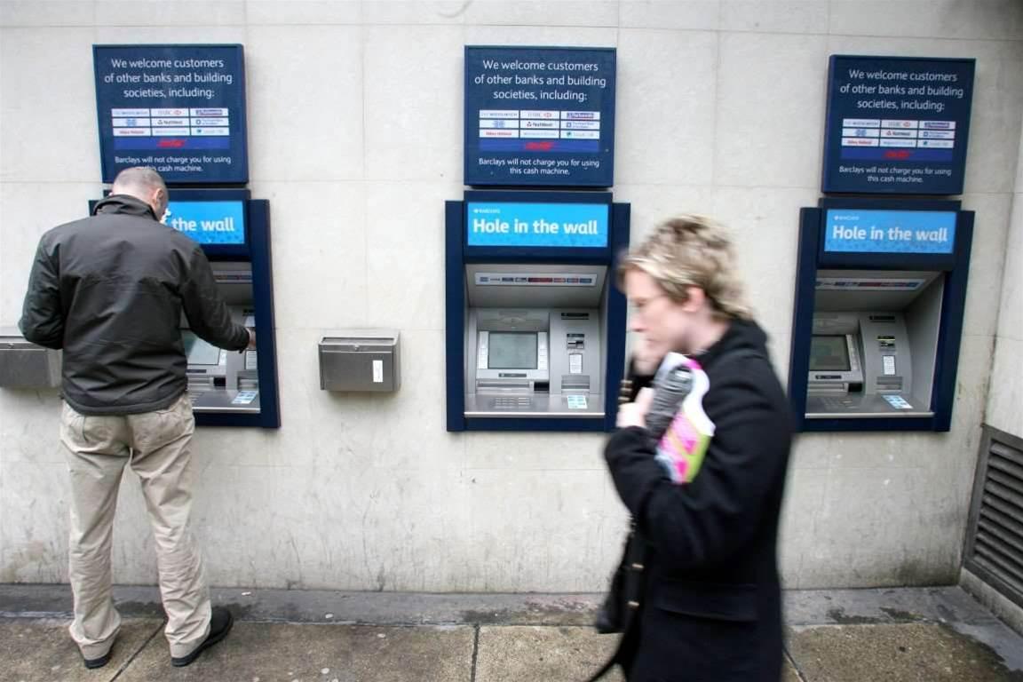 Barclays investigates theft of 27k user details