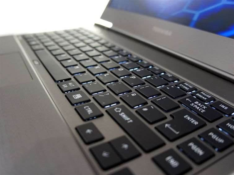Toshiba to pull back from consumer PCs