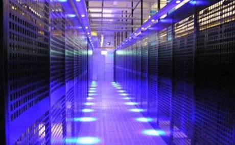 Equinix dips toes into professional services