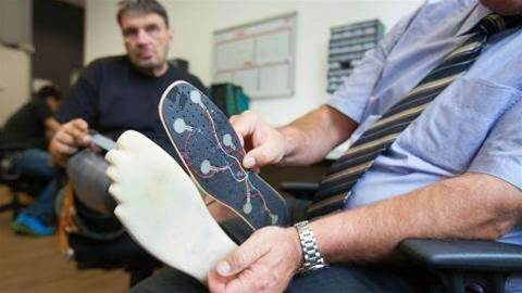 Prosthetic leg gives feeling back to amputees