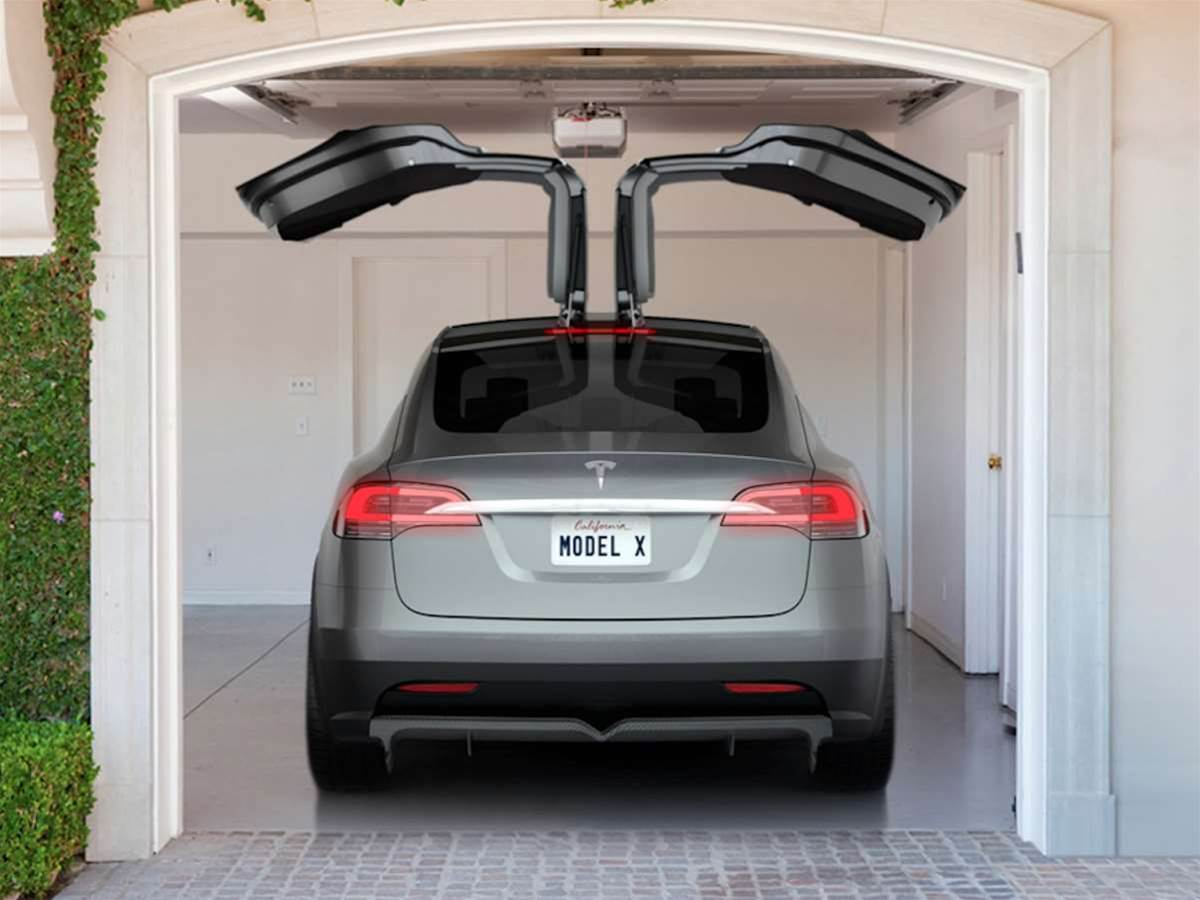 Referring mates to buy the Tesla Model S could earn you a free Model X