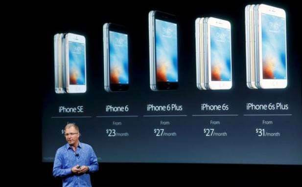 Apple unveils cheaper iPhone SE with top-range specs
