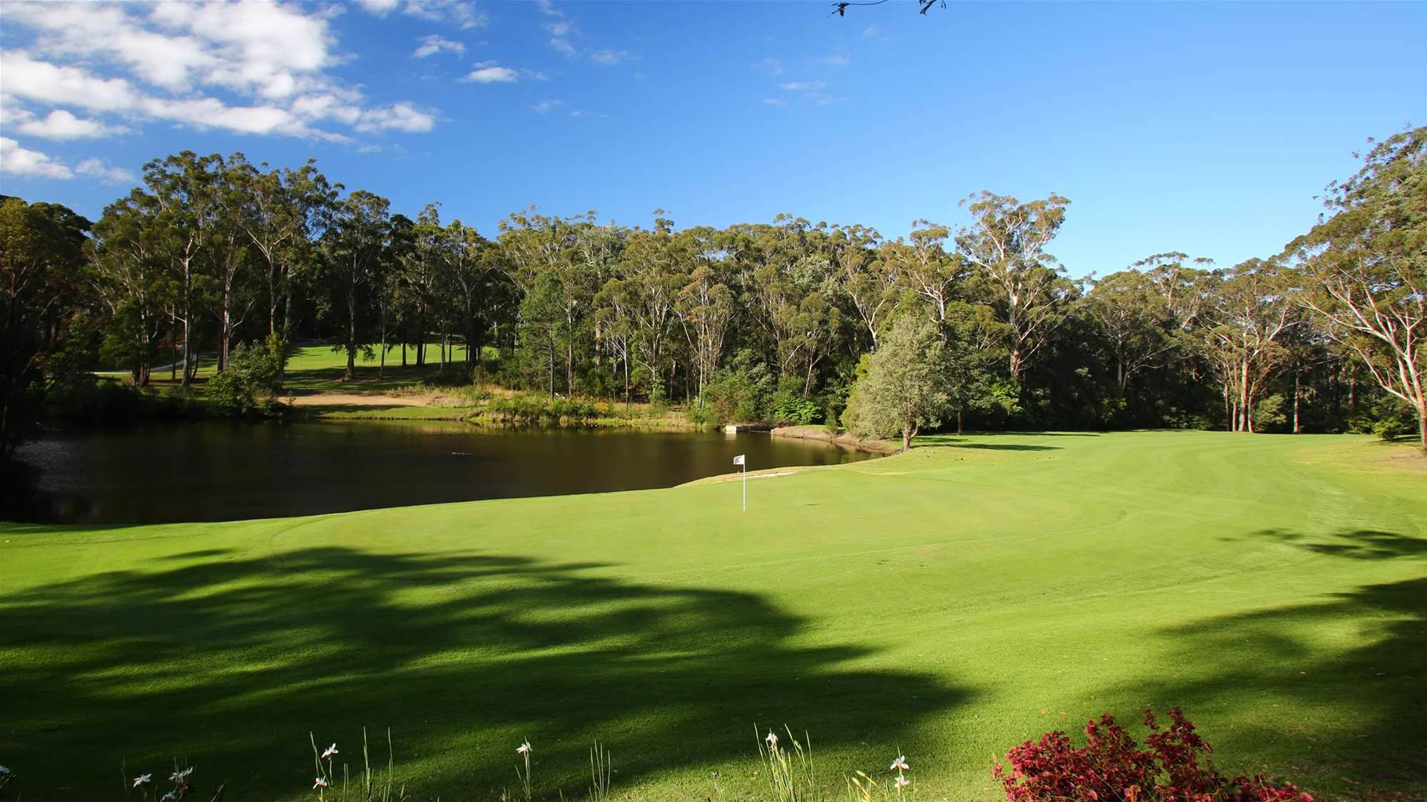 REVIEW: Mollymook Golf Club